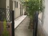 東京都渋谷区恵比寿 アパート前へ人工芝ステップターフが採用されました。人工芝施工前