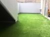 東京都杉並区荻窪 英会話教室内のバルコニーへ人工芝ステップターフが採用され施工しました。人工芝施工後