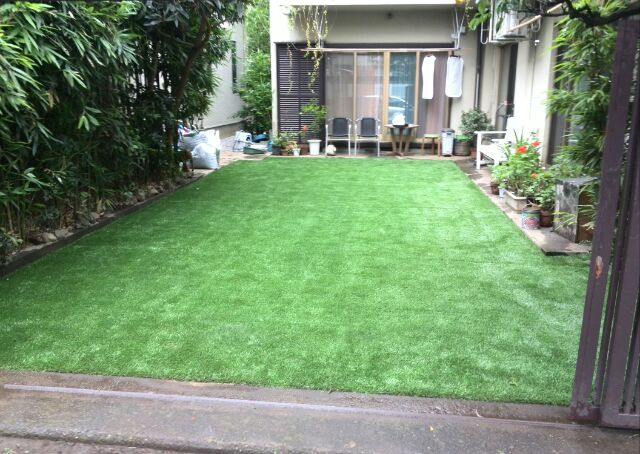 人工芝敷設完成